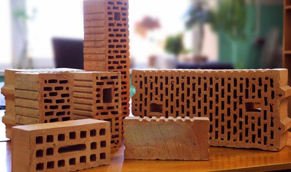 Керамический кирпич – стоит ли использовать