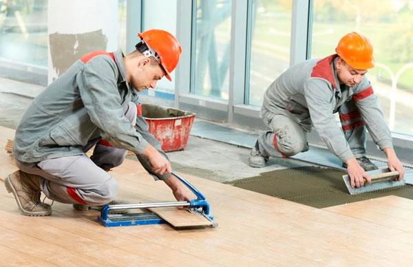 Выбираем бригаду для проведения ремонта в доме