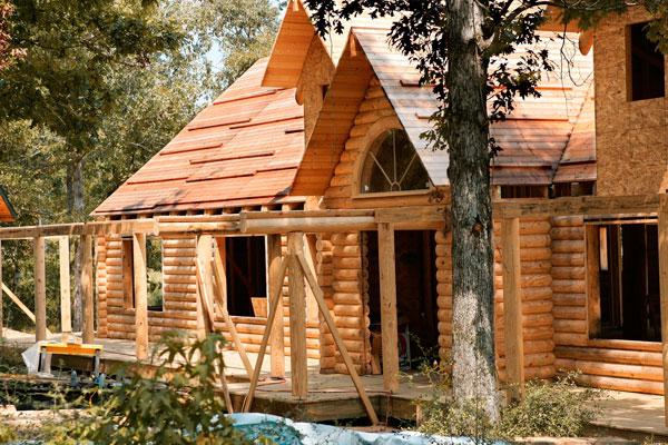 Как самому построить деревянный дом