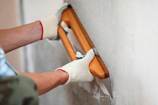 Основные этапы подготовки стен к поклейке обоев