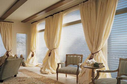 Выбираем шторы для зала и рабочего кабинета