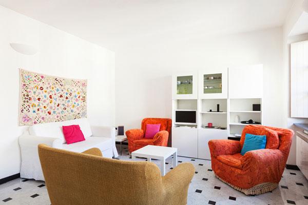 5 советов, чтобы маленькая гостиная стала просторнее