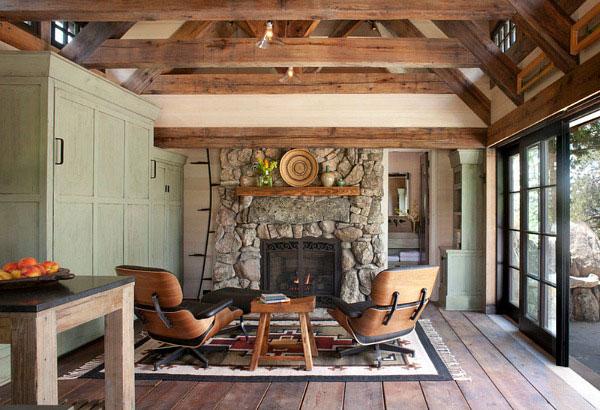 Как сохранить и защитить дом из дерева