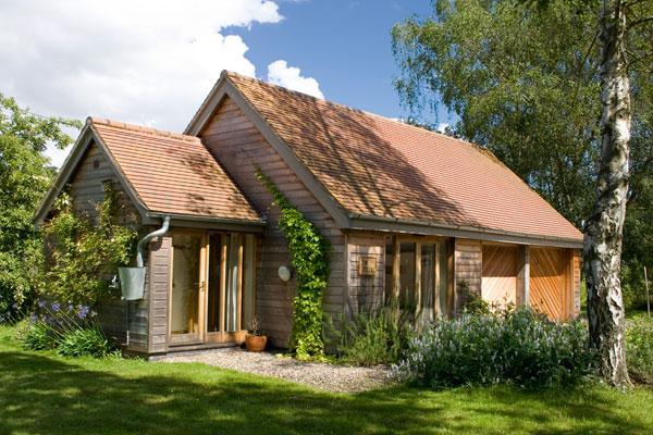 Проекты крыш деревянных домов: на что обратить внимание