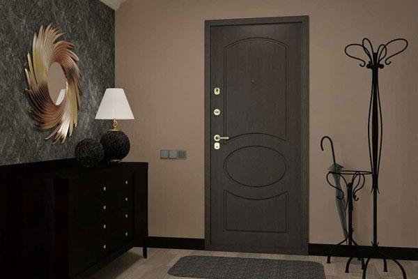 Окраска стальных входных дверей